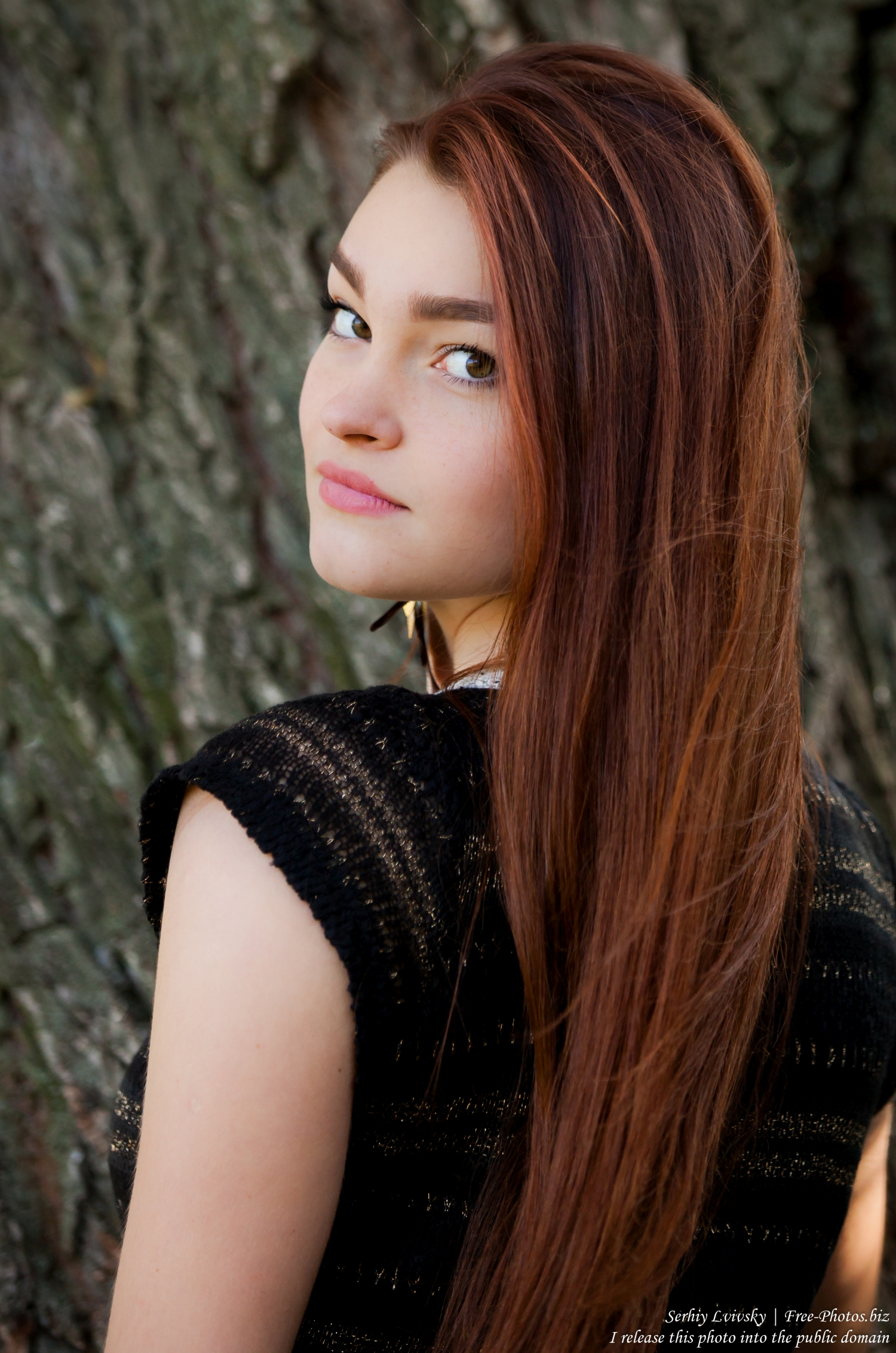 an_18-year-old_girl_photographed_by_serhiy_lvivsky_in_oct_2015_17