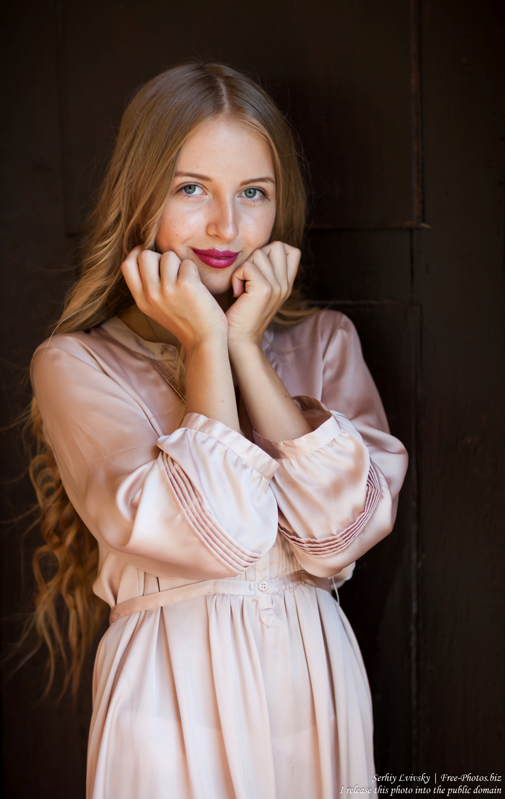 ania_a_14-year-old_natural_blonde_girl_photographed_by_serhiy_lvivsky_in_august_2017_17