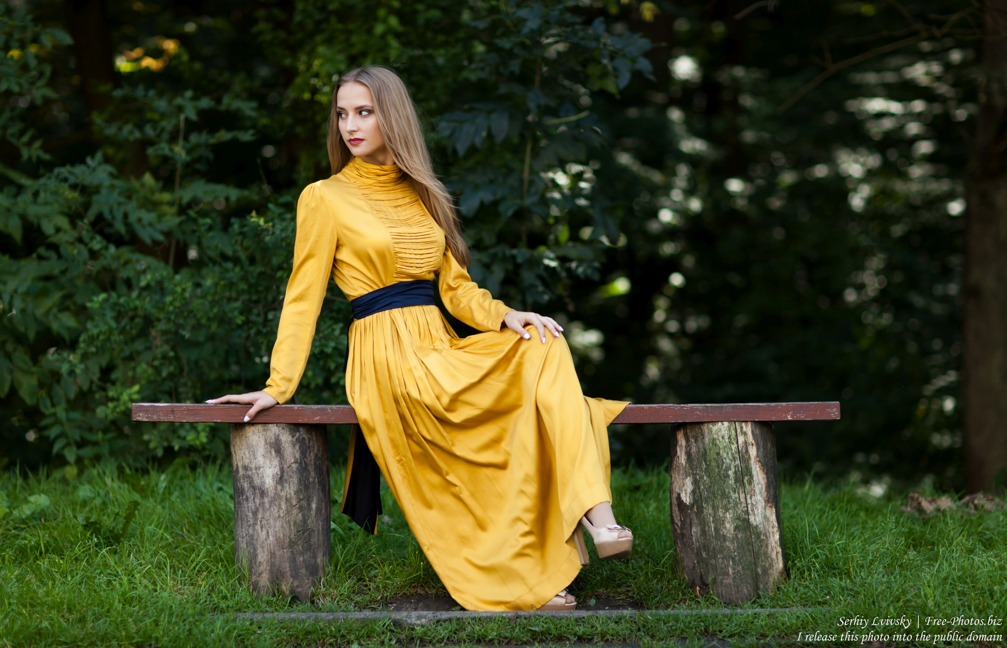 marta_a_21-year-old_blonde_creation_of_god_photographed_by_serhiy_lvivsky_in_august_2017_17