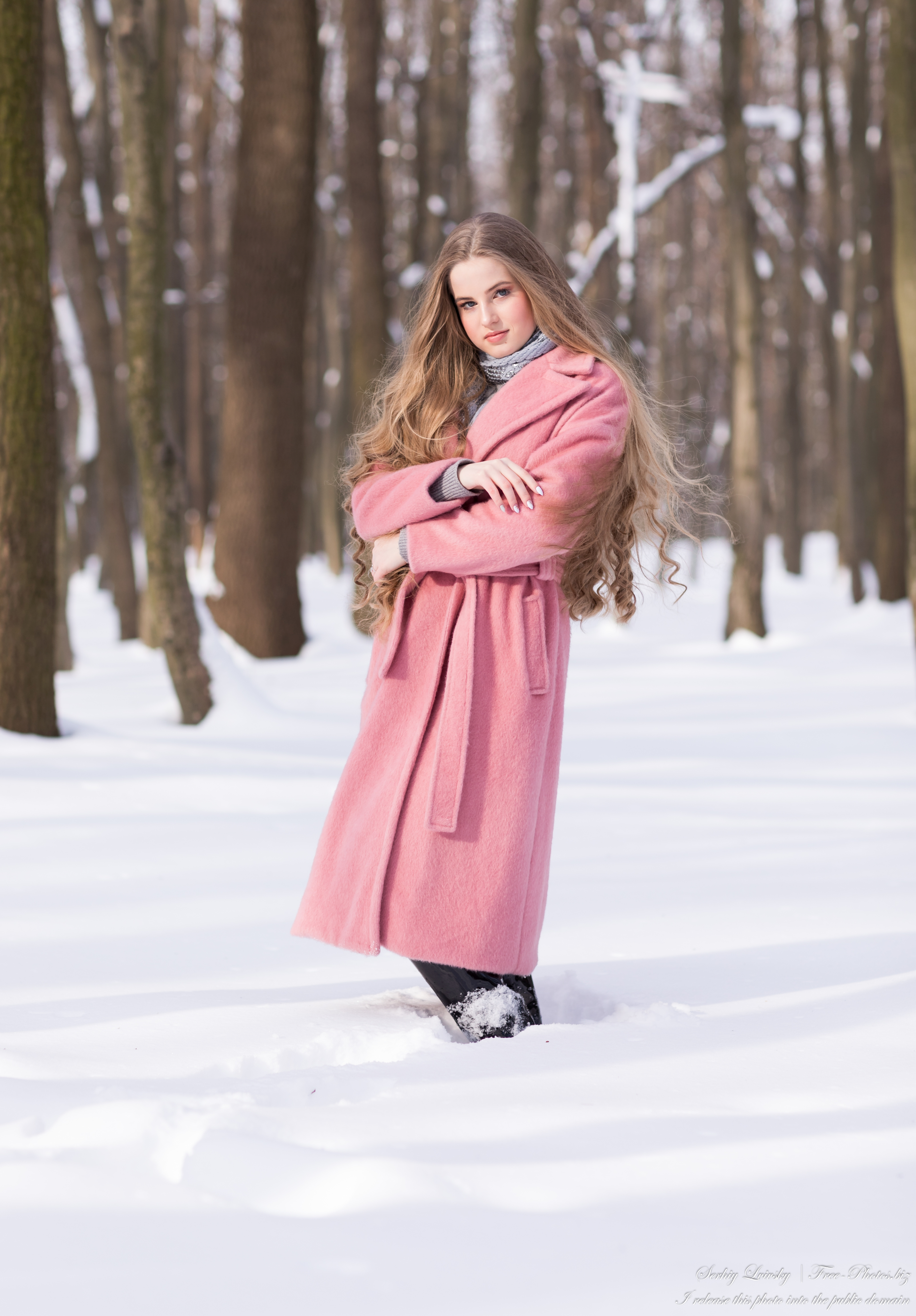diana_an_18-year-old_natural_blonde_girl_photographed_by_serhiy_lvivsky_in_feb_2021_11