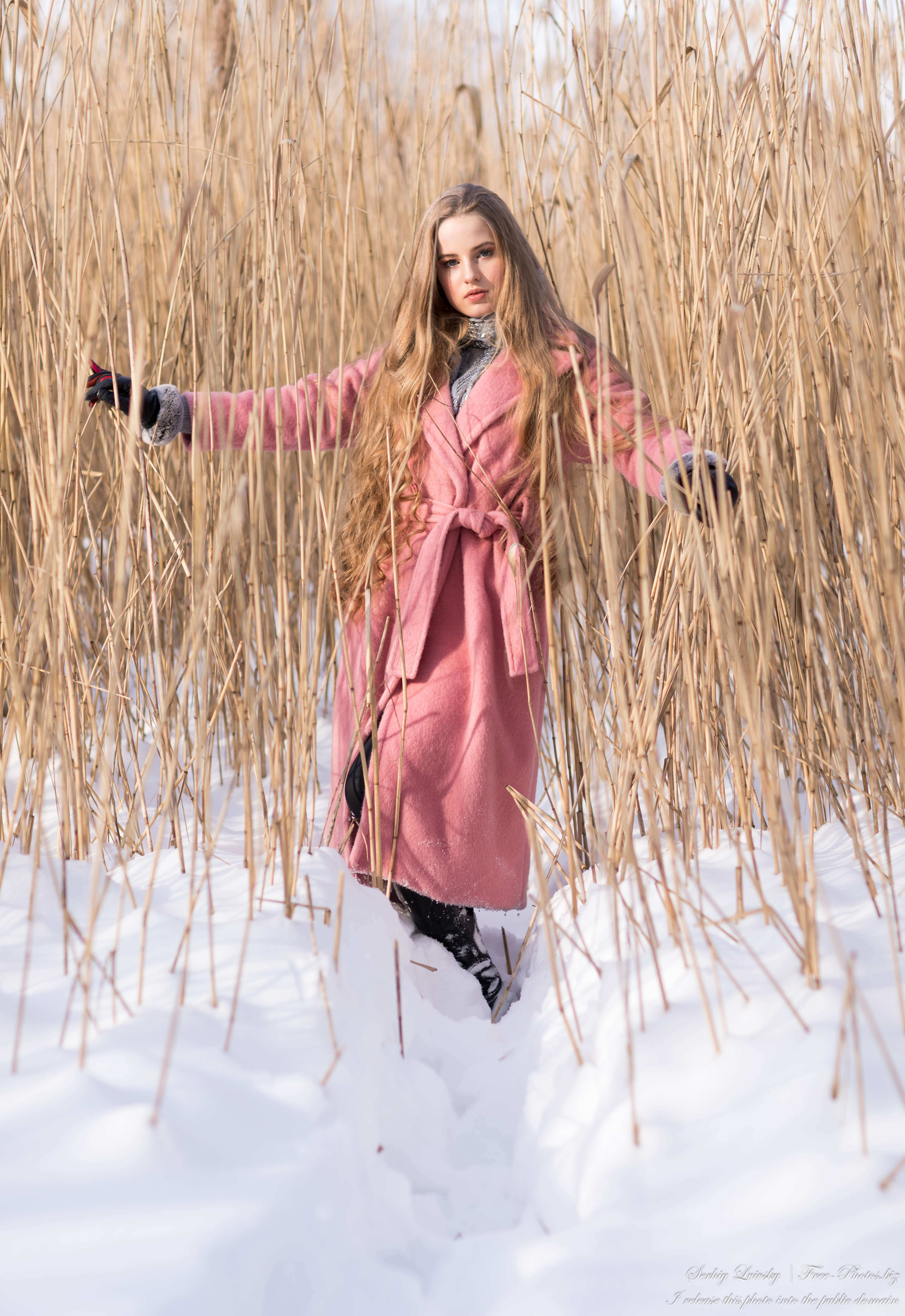diana_an_18-year-old_natural_blonde_girl_photographed_by_serhiy_lvivsky_in_feb_2021_40