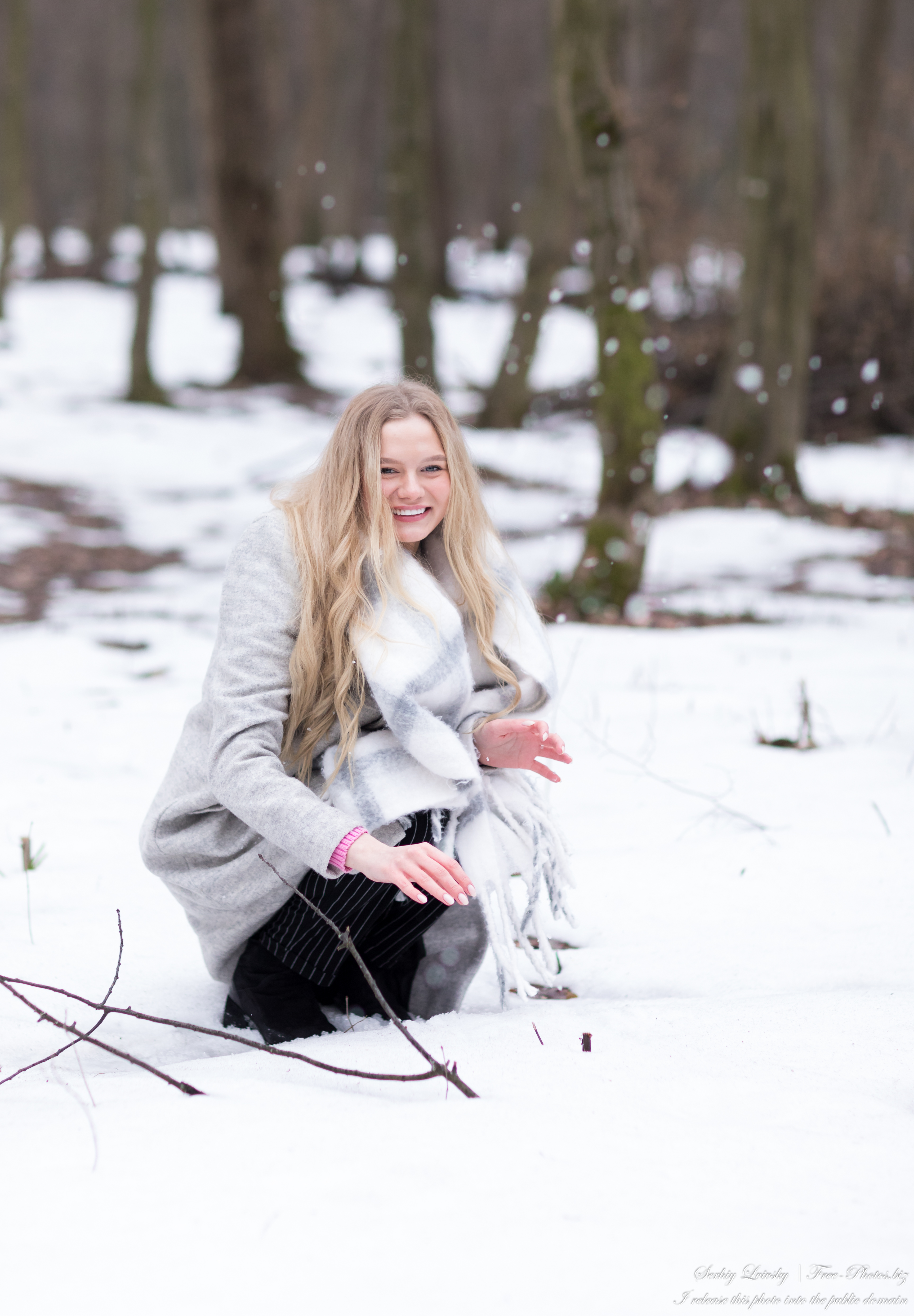 oksana_a_19-year-old_natural_blonde_girl_photographed_by_serhiy_lvivsky_in_march_2021_45