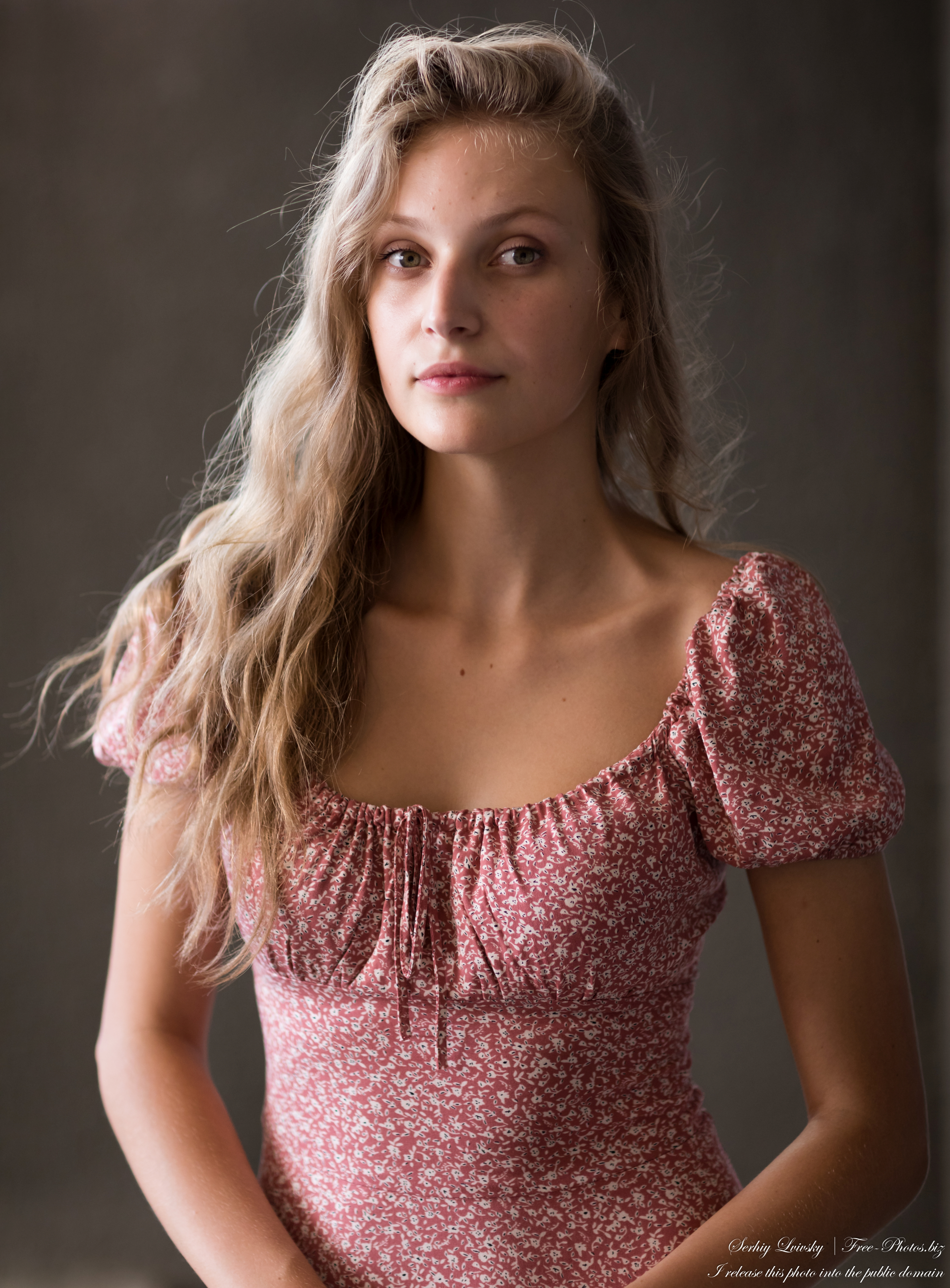 renata_a_22-year-old_natural_blonde_woman_july_2021_by_serhiy_lvivsky_08
