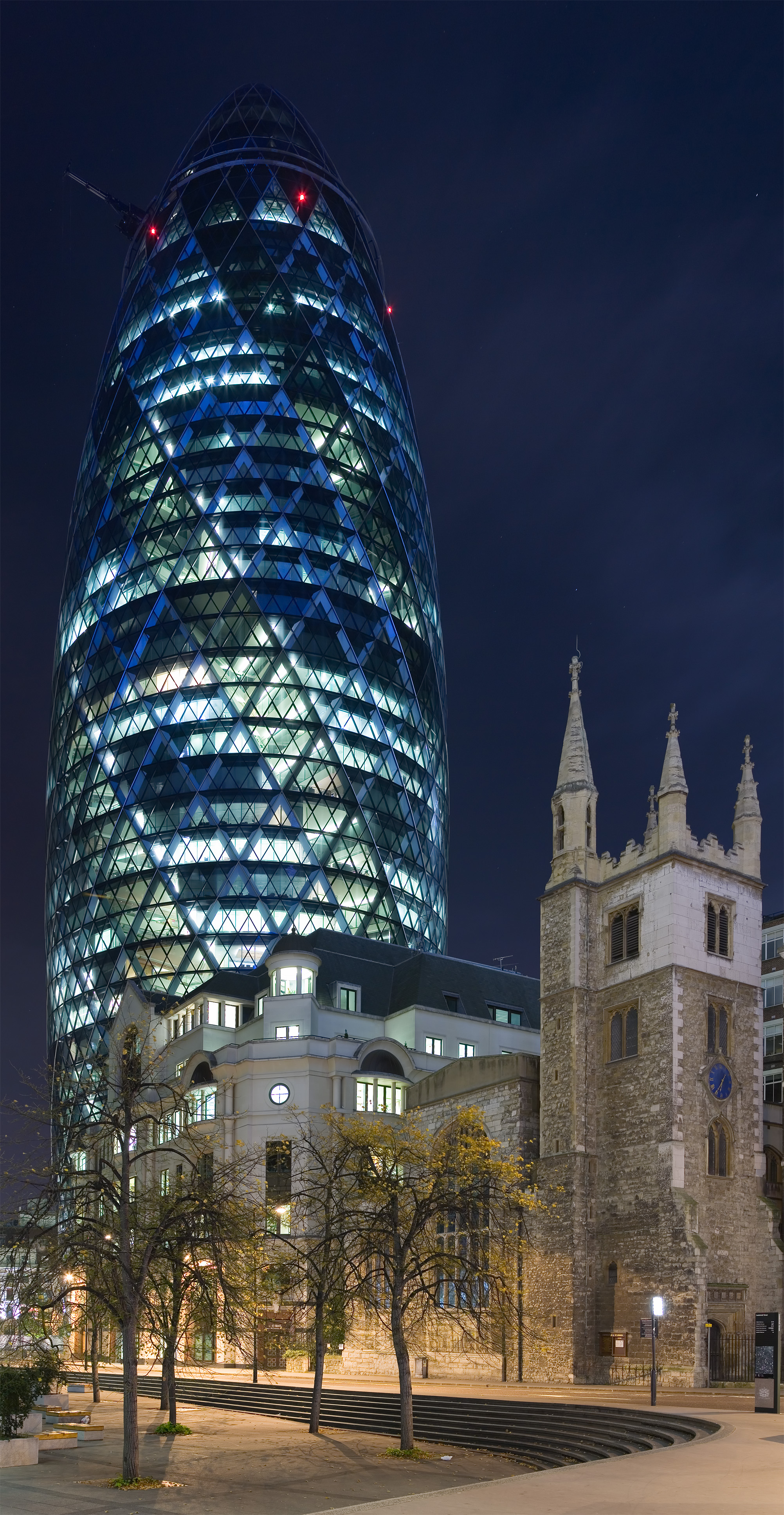 30 St Mary Axe - The Gherkin from Leadenhall St - Nov 2006