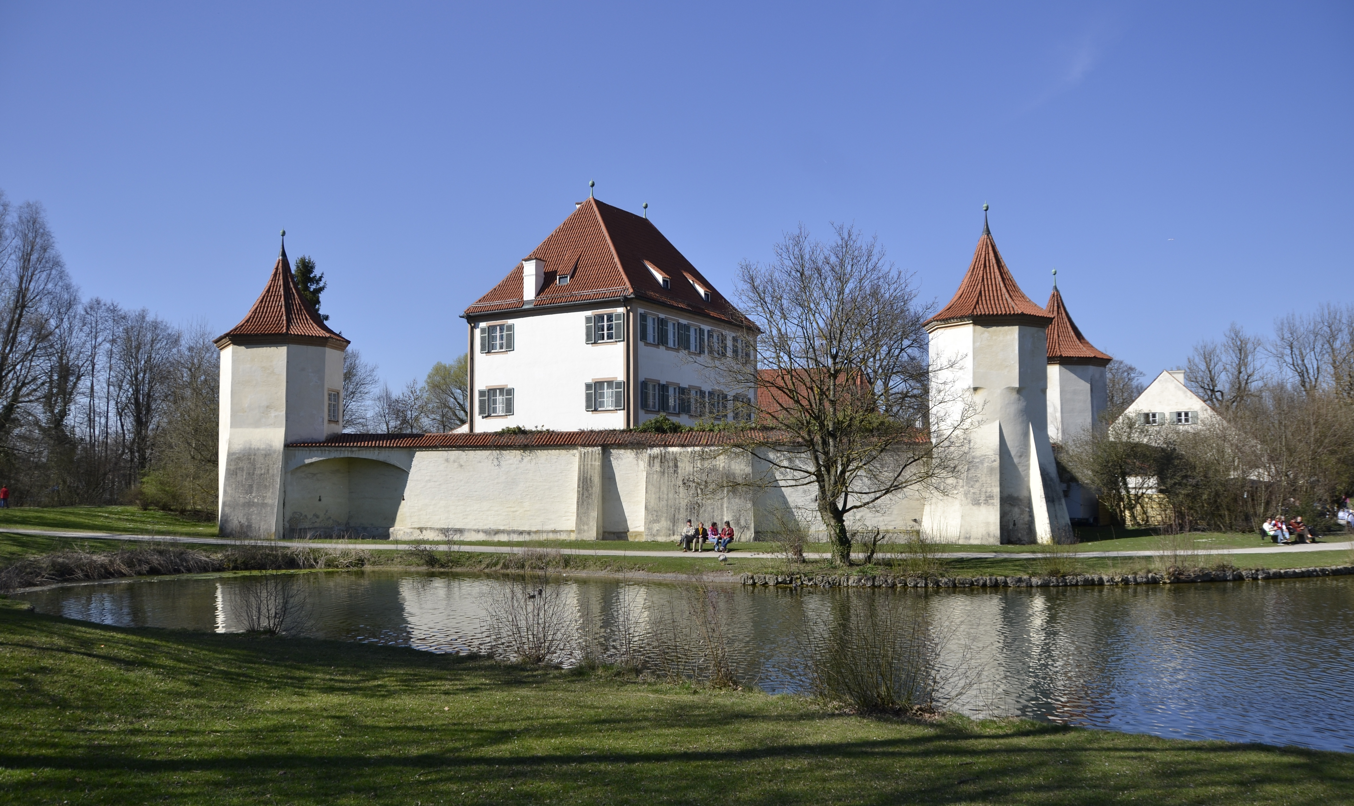 Blutenburg Castle in the West of Munich, 2014 (deux)