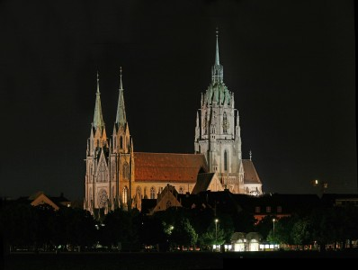 Basilika Sankt Paul Munich by night