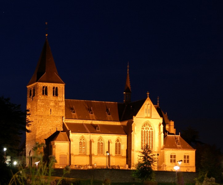 Church Heel by night