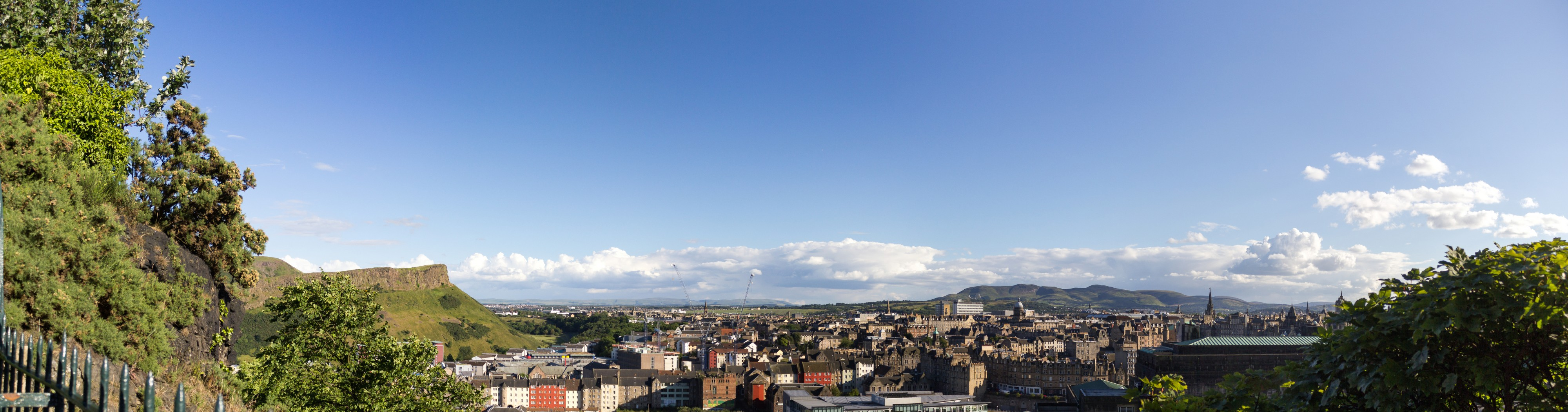 Edinburgh panorama 2014-07-05 (01)