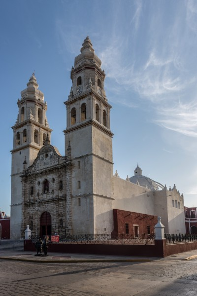 15-07-15-Campeche-Kathedrale-RalfR-WMA 0815