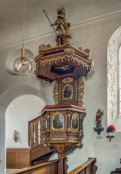Amlingstadt-church-pulpit-HDR
