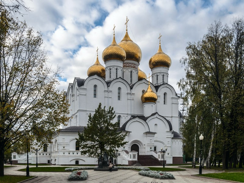Assumption Cathedral in Yaroslavl 01
