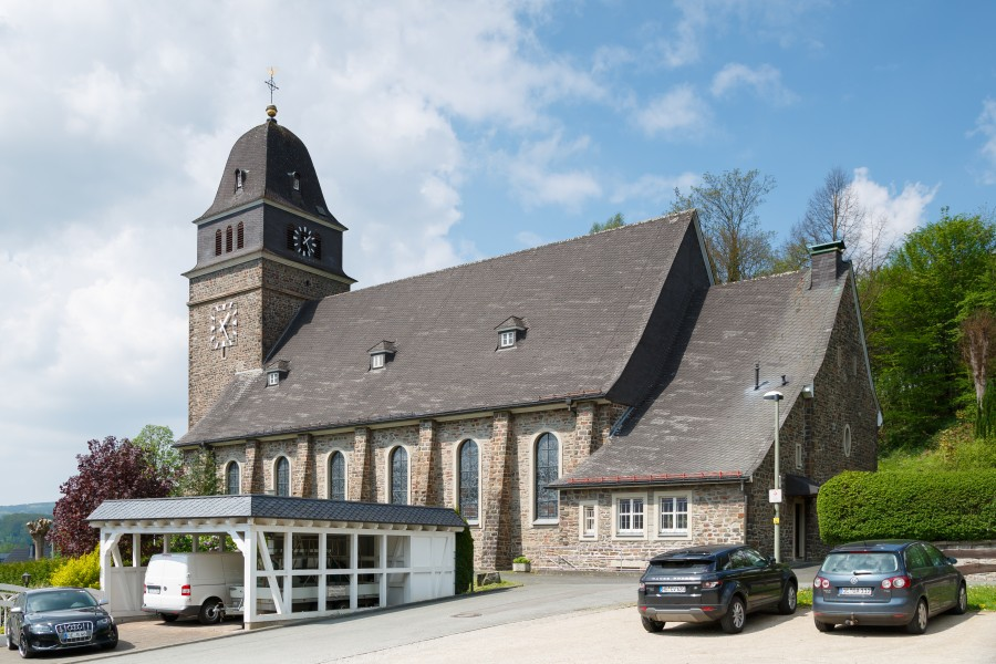 Bamenohl Germany Catholic-Church-St-Joseph-01