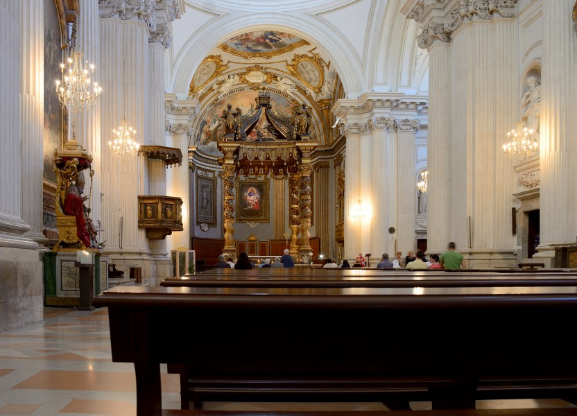 Cathedral (Foligno) - Interior