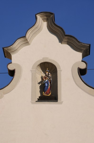 Cathedral Brixen front detail