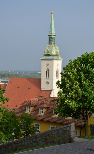 Cathedral of St Martin, Bratislava (Pressburg, Pozsony) - by Pudelek