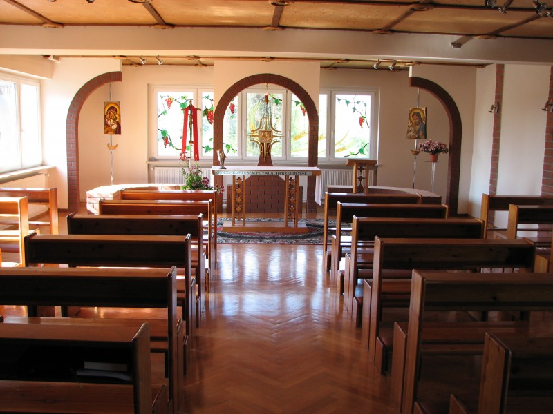 A catholic chapel, picture 1