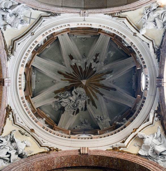 Ceiling of right chapel in Duomo (Verona)