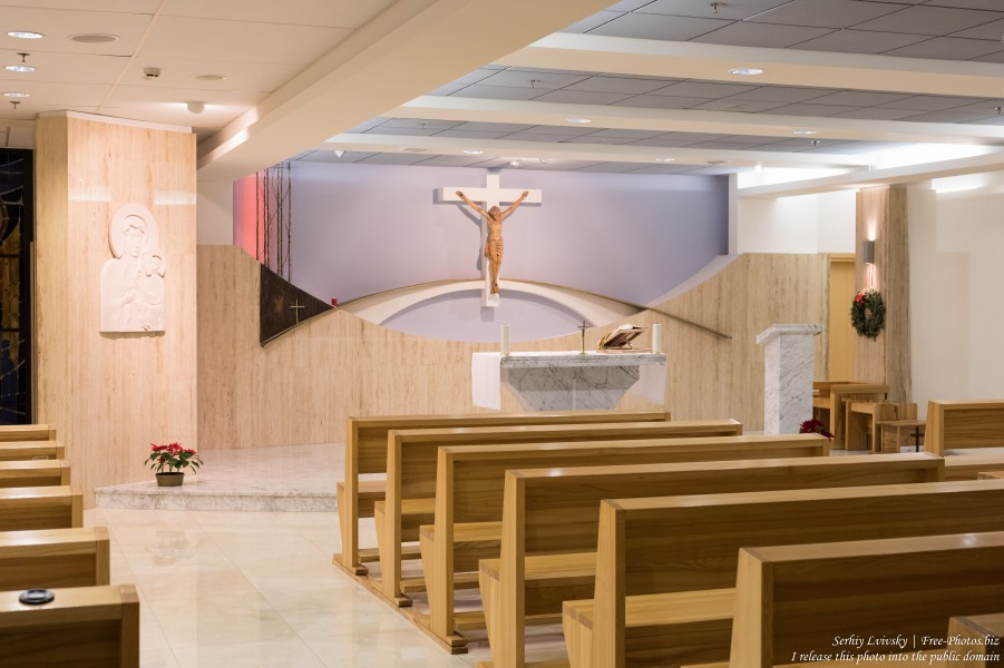 a chapel in Warsaw airport photographed in January 2020 by Serhiy Lvivsky, picture 5