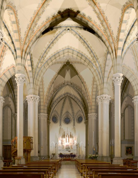 Church of Saint Thomas More - Interior