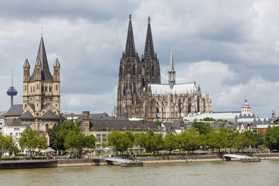 Cologne Germany Exterior-view-of-Cologne-Cathedral-08