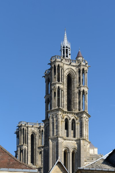 Laon Cathedral East Towers 01