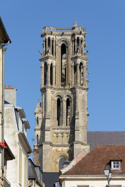 Laon Cathedral Southwest Tower 01