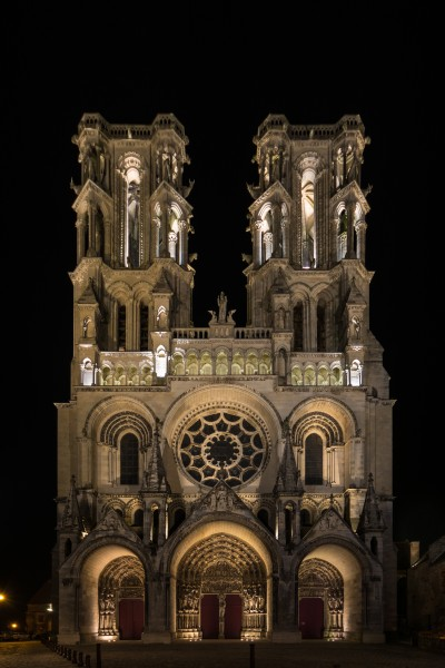 Laon Cathedral West Facade Night 01