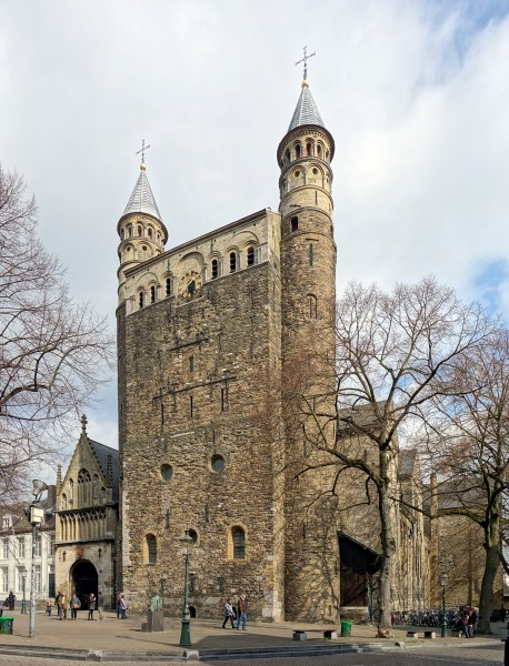 Maastricht notre dame massif occidental