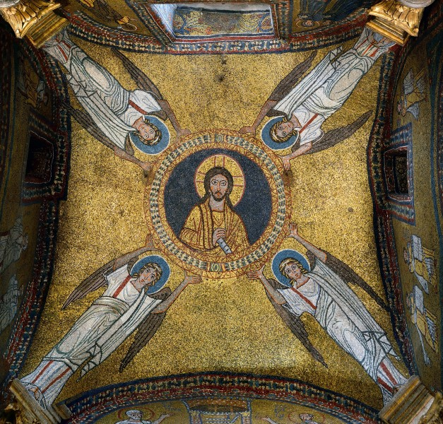 Mosaic of the vault of the chapel of San Zeno (IX century)
