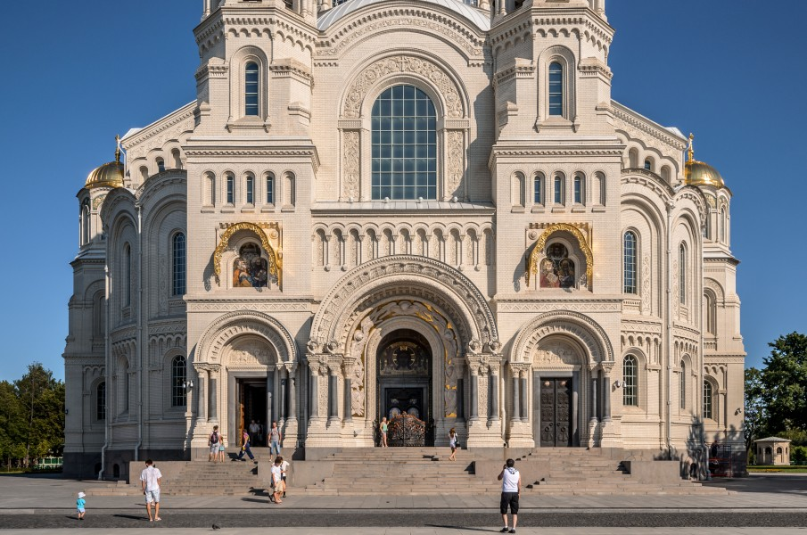Naval Cathedral of St Nicholas in Kronstadt, Details 01