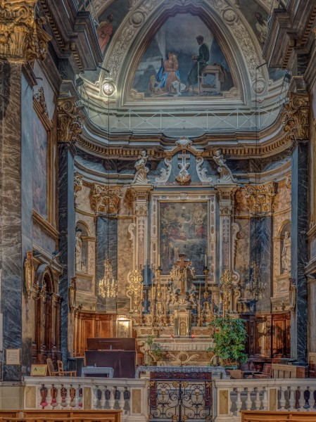 Nizza-altar-church-4081216-HDR