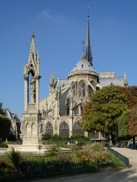 Paris Notre-Dame East View 01