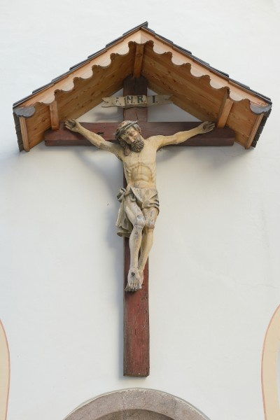 Parish church of St. Petel Lajen crucifix on chapel