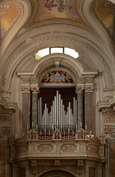 Pipe organ of the cathedral in Sutri