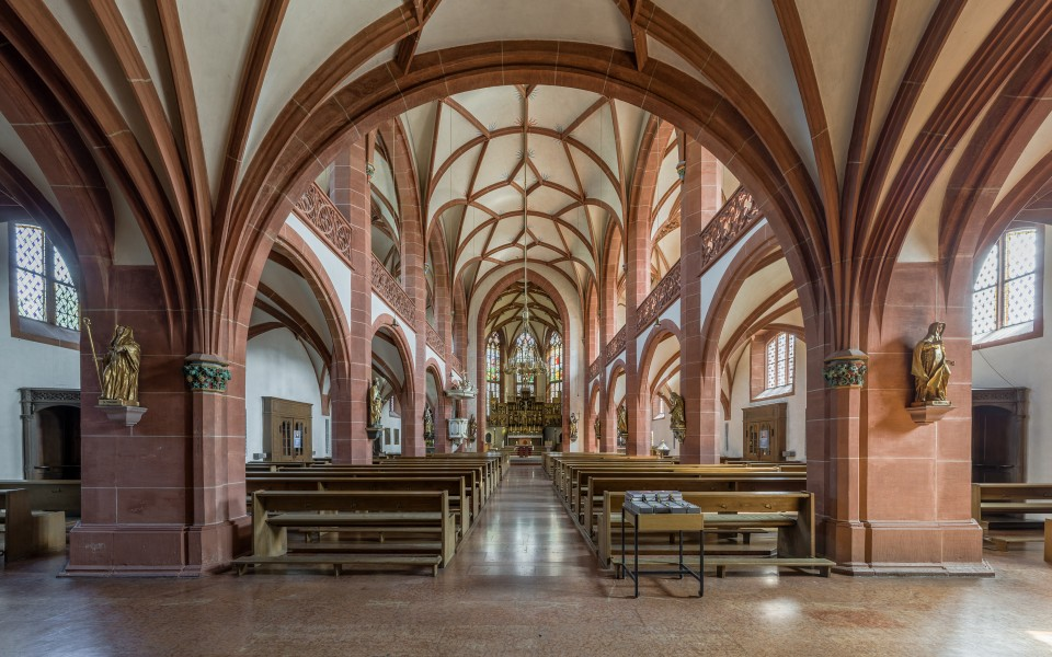 Rheingauer Dom, Geisenheim, Entry and Nave 20140902 1