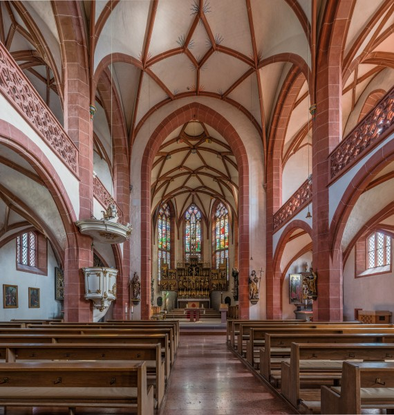 Rheingauer Dom, Geisenheim, Nave and Choir 20140902 1