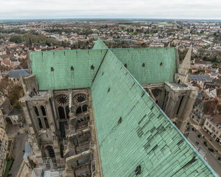 Roof of Chartres Cathedral 20160326 2
