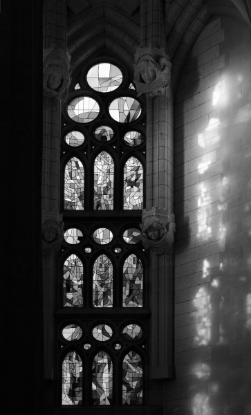 Sagrada Familia March 2015-1bw