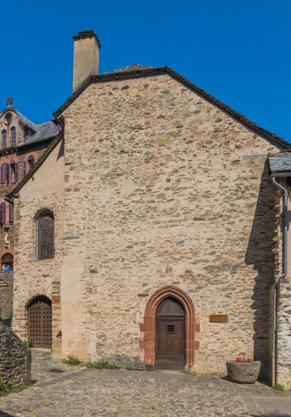 Saint Faith Chapel in Conques 02