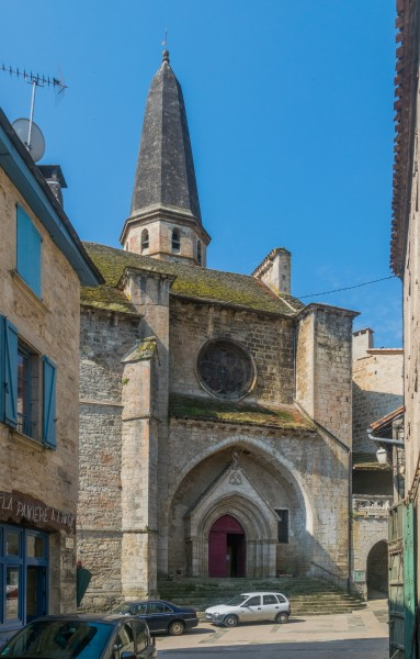 Saint John the Baptist Church in Caylus 02