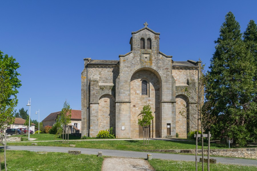 Saint Saturnin Church of Le Bourg 06