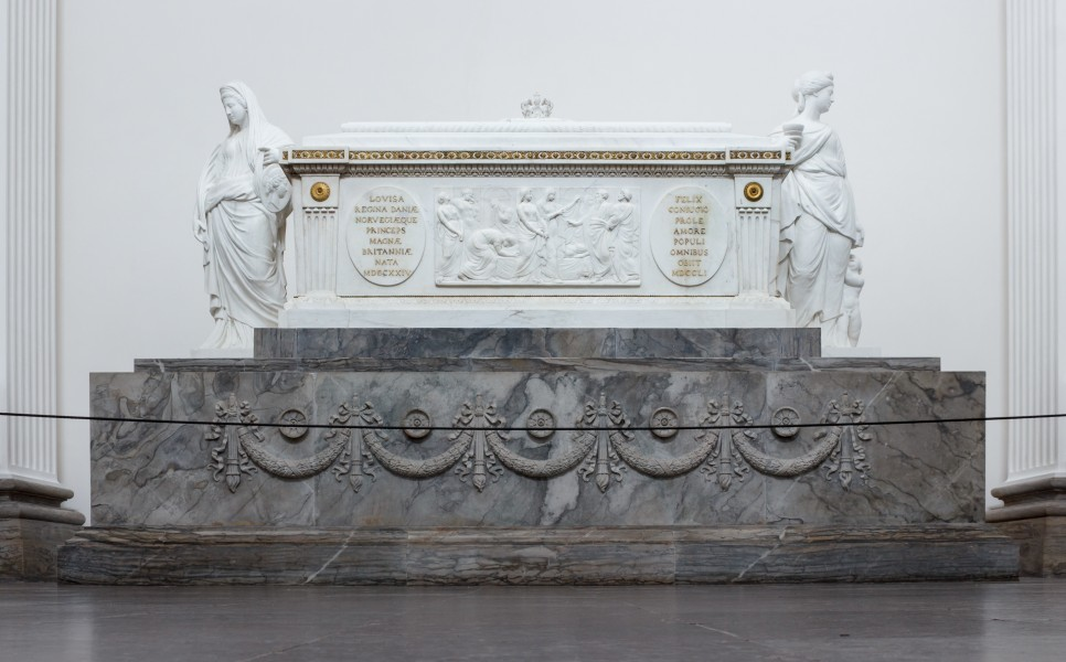 Sarcophagus of Louise of Great Britain, Roskilde Cathedral, Denmark, 2015-03-31-4813
