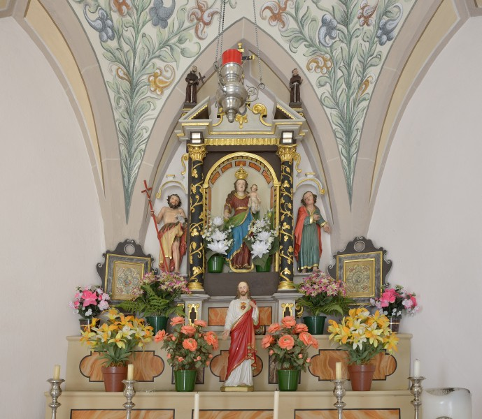 Seventeenth century altar in Val Badia in a housechapel overview