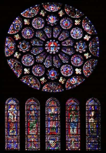South rose window of Chartres Cathedral01
