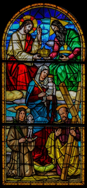 Stained glass in the Basilica of Our Lady of Chiquinquira 2