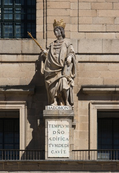Statue king Solomon El Escorial Spain