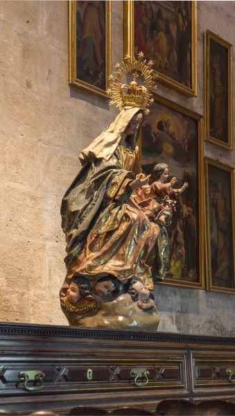 Statue madonna child 17th-century Cathedral Seville Spain