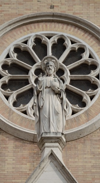 Statue of Jesus out of Church of St. Alphonsus Liguori, Roma