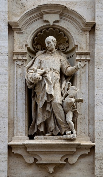 Statue of Saint Ignatius of Loyola on Chiesa del Gesù (Frascati)