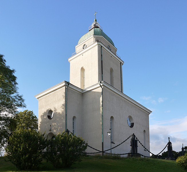 Suomenlinna Church1